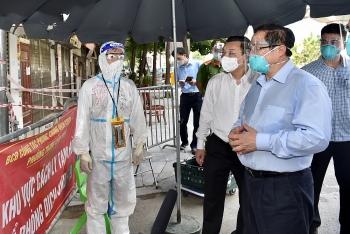 Thủ tướng yêu cầu Hà Nội tăng cường giãn cách, thực hiện nghiêm 'ai ở đâu ở đó'