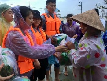 Lưu học sinh Việt Nam tại Trung Quốc hướng về đồng bào vùng lũ miền Trung