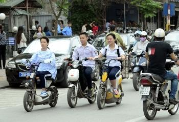 Người đi xe điện, xe máy dưới 50 phân khối sẽ phải có bằng lái