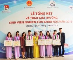 Phú Thọ: Sinh viên trường Đại học Hùng Vương khẳng định tài năng, vươn tầm Quốc tế