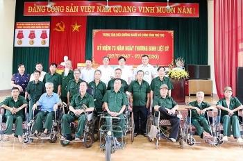 Phú Thọ: Lãnh đạo Bệnh viện đa khoa tỉnh thăm, tặng quà người có công và gia đình chính sách