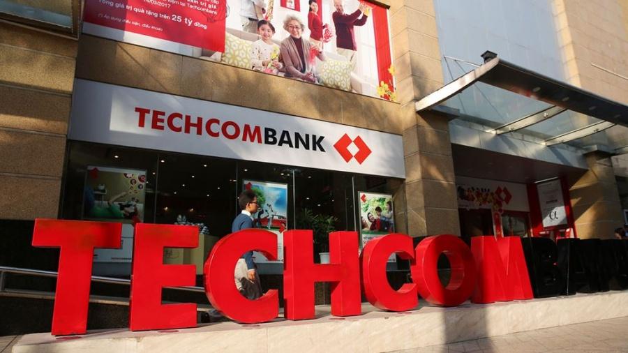 techcombank bao lai ky luc 9 len gan 5700 ti dong trong 6 thang dau nam