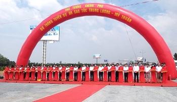 Thủ tướng Nguyễn Xuân Phúc: Phải khánh thành tuyến cao tốc mẫu mực Trung Lương – Mỹ Thuận trong năm 2021