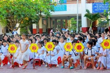Nhiều tỉnh thành ở miền Tây cho học sinh nghỉ Tết sớm để phòng chống dịch Covid-19
