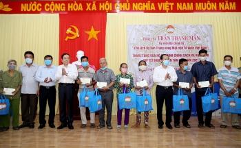 Trao 1000 suất quà Tết cho gia đình chính sách, hộ nghèo tại Cần Thơ, Hậu Giang