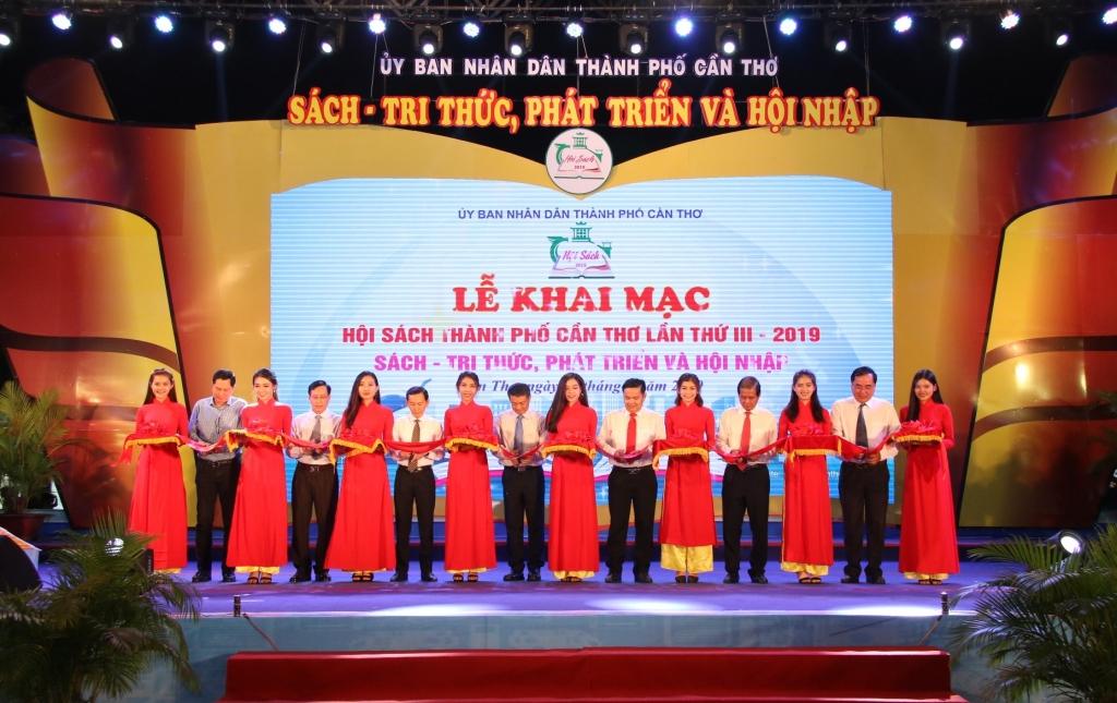 khai mac hoi sach tpcan tho lan iii nam 2019