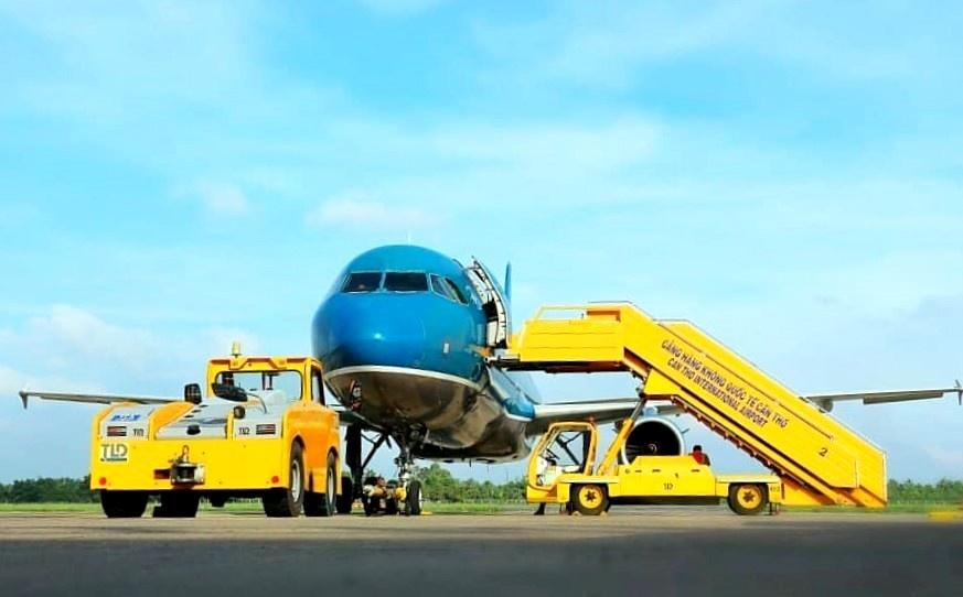 vietnam airlines day manh dau tu vao logictics hang khong