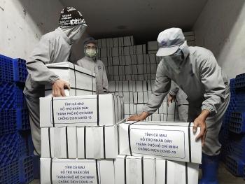 Cà Mau hỗ trợ nhân dân TP Hồ Chí Minh 10 tấn tôm đông lạnh