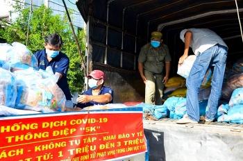 Sóc Trăng hỗ trợ nhân dân TP Hồ Chí Minh 40 tấn hàng thiết yếu