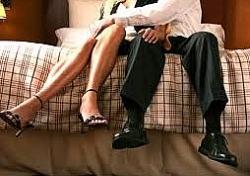 Kỷ luật trưởng phòng quan hệ bất chính với nữ phó phòng ở Hậu Giang