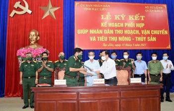 Quân khu 9 hỗ trợ Bạc Liêu thu hoạch, tiêu thụ nông sản