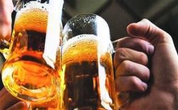 dap ly bia vao mat dai uy cong an de tra thu bi phat vi pham giao thong