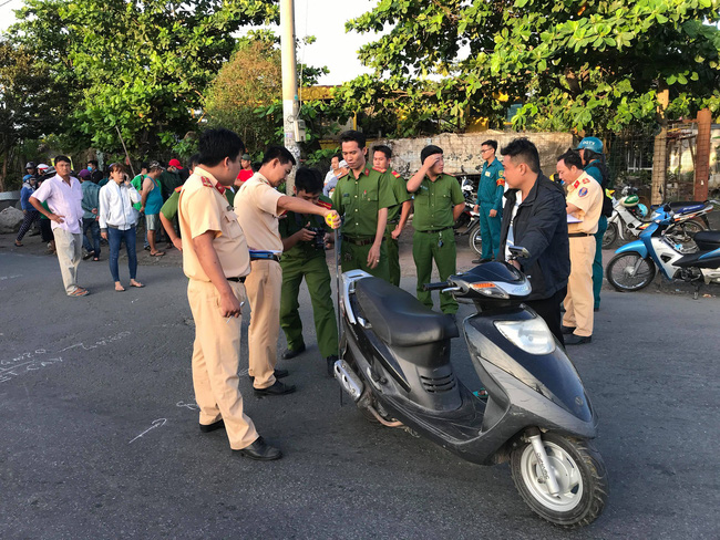tphcm thai phu di xe may len benh vien kham thai thi bi xe tai can tu vong