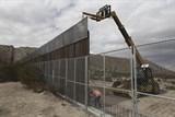 Mỹ: Bức tường biên giới của ông Trump sẽ tiêu tốn gần 22 tỷ USD