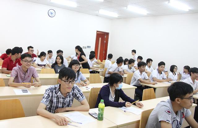 hang nghin hoc sinh tp hcm tham gia thi danh gia nang luc