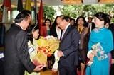 Thủ tướng đến Thái Lan, bắt đầu chuyến tham dự Hội nghị ACMECS 8 và CLMV 9