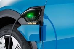 Thái Lan gia tăng ưu đãi cho doanh nghiệp sản xuất xe điện