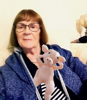 Facebook xin lỗi cụ bà 81 tuổi vì lời đe dọa khóa tài khoản vô lý của mình