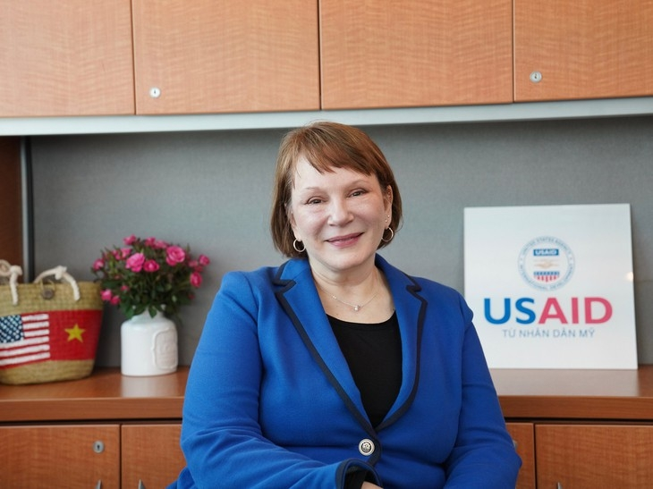 Bà Ann Marie Yastishock, Giám đốc Cơ quan Phát triển Quốc tế Hoa Kỳ tại Việt Nam