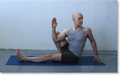 yoga giup cai thien suc khoe nhu the nao