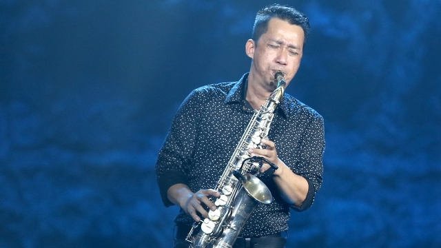 nghe si saxophone xuan hieu qua doi o tuoi 47 do ung thu tiet nieu