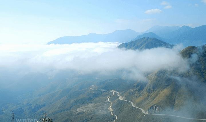 Săn mây ở đèo Ô Quy Hồ