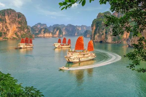 Báo Anh: Việt Nam mỹ lệ, ẩm thực đỉnh cao