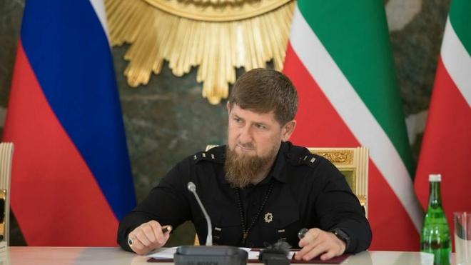 chechnya tro cap tien cho dan ong lay vo trong dich covid 19