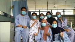 malaysia gia dinh bac si 7 nguoi nhiem covid 19 van lac quan vui ve