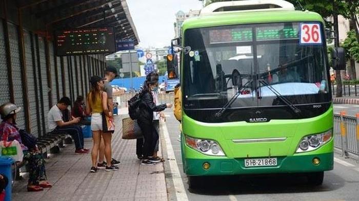 Từ 4/5, 72 tuyến xe buýt TP.HCM hoạt động trở lại