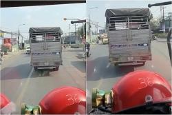 video mac ke xe cuu hoa hu coi uu tien tai xe nhat quyet khong chiu nhuong duong