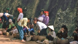 Vẻ bình yên hiếm có của Sơn La trong loạt ảnh màu những năm 1990