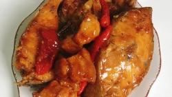 Cách kho cá với thịt ba chỉ đậm đà thơm lừng
