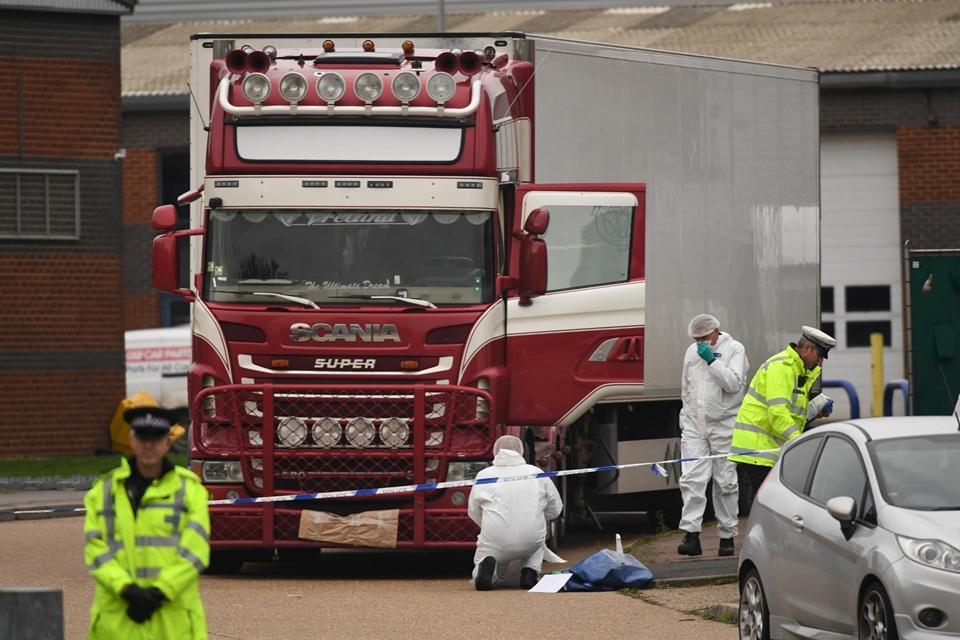 Tin mới nhất Vụ 39 người chết ở Anh