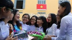 bieu phong bi ngay 2011 la thiet thuc khong phai hoi lo hay chuyen dang xau ho