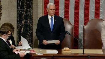 Phó Tổng thống Mike Pence gọi ông Trump là 'kẻ phản bội'