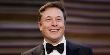 Elon Musk vượt mặt Jeff Bezos, trở thành người giàu nhất thế giới