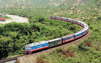 Đường sắt lỗ hơn 1.300 tỷ đồng vì hàng loạt lý do