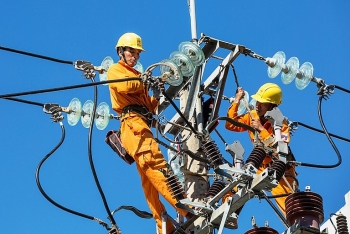Trong năm 2021, Việt Nam sẽ không mua điện Trung Quốc