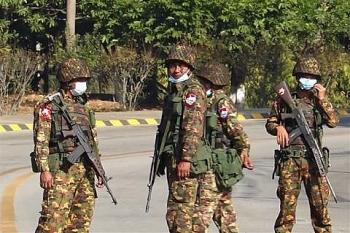 Quân đội cho 24h để các nghị sĩ dân cử Myanmar rời khỏi thủ đô