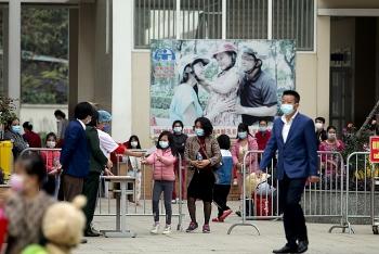 Mùng 3 Tết, dỡ bỏ cách ly trường Tiểu học Xuân Phương