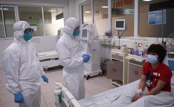 Sức khỏe 2 bệnh nhân COVID-19 đang nguy kịch