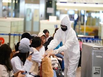 Ưu tiên tiêm vaccine COVID-19 đợt đầu tiên cho nhân viên hàng không