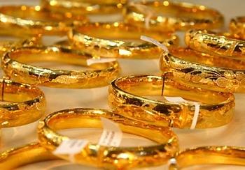 Giá vàng chưa thể quay đầu tăng, bán ra 54,5 triệu đồng/lượng