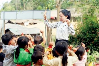 Thủ tướng yêu cầu thay đổi quy định về chứng chỉ thăng hạng giáo viên