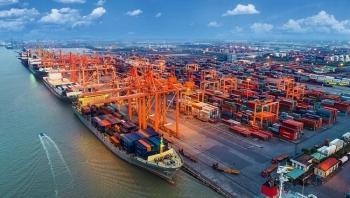 Xuất nhập khẩu phục hồi mạnh mẽ, xuất siêu hơn 2 tỷ USD trong quý I