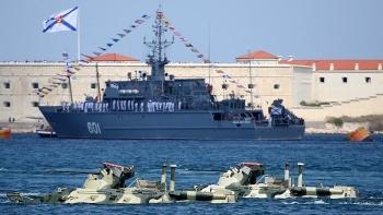 Nga đáp trả NATO ngay tại miền Đông Ukraine