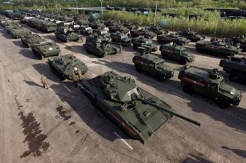 NATO được cảnh báo về sức mạnh 'khủng khiếp' của quân đội Nga