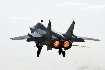 Căng thẳng dâng cao, Nga tiếp tục chặn máy bay Mỹ