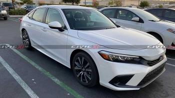Honda Civic 2022 lộ ảnh 'bằng xương, bằng thịt'